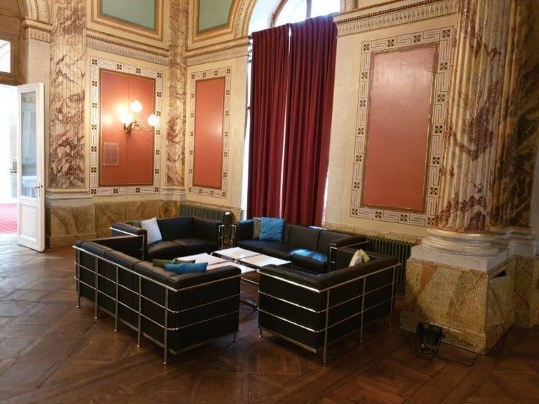 classic 2er sofa mieten rent-a-lounge 6