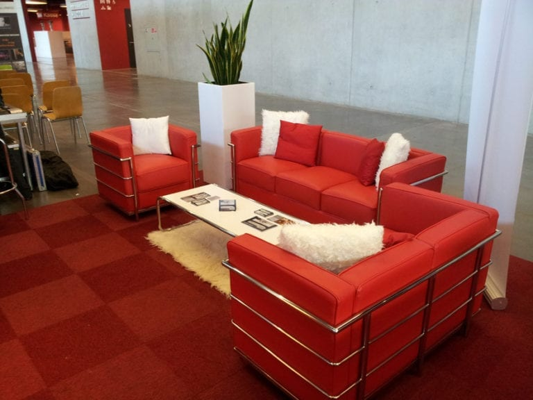 red sessel mieten rent-a-lounge 7