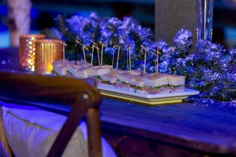 stuhl crossback wood mieten rent-a-lounge 9