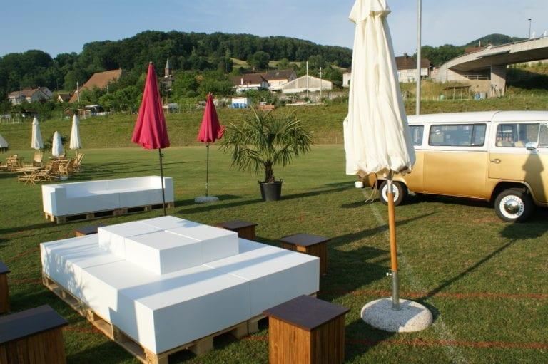 beistell-tisch wood mieten rent-a-lounge 2