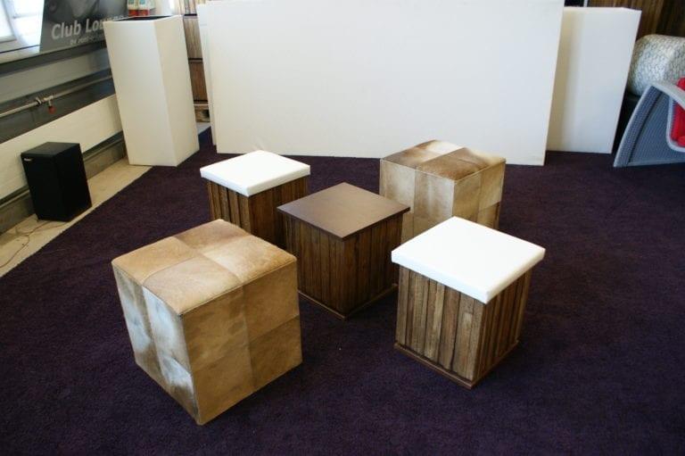 beistell-tisch wood mieten rent-a-lounge 3
