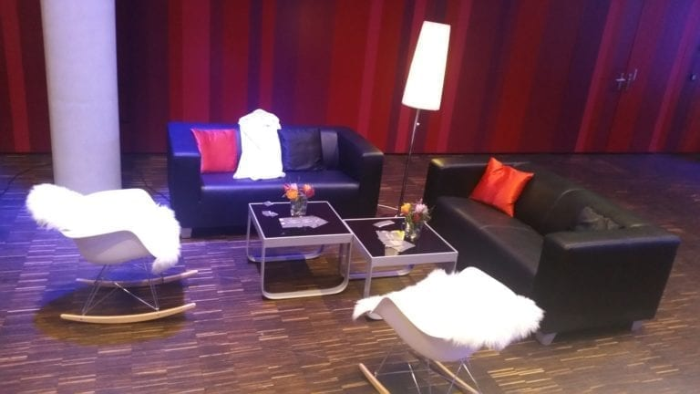 business lounge-tisch mieten rent-a-lounge 1