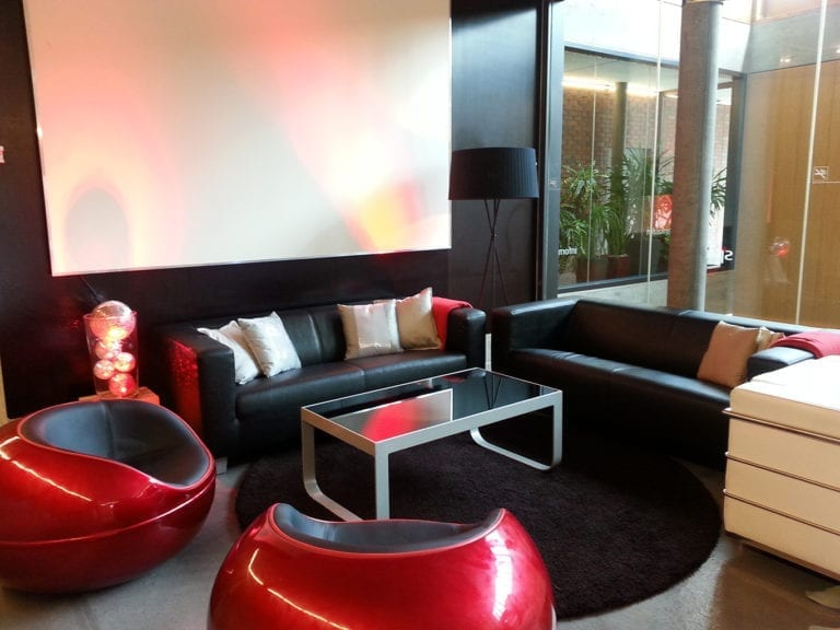 business lounge-tisch mieten rent-a-lounge 3
