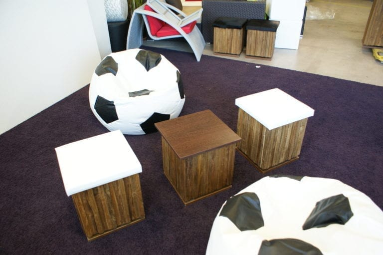 fussball pillow mieten rent-a-lounge 2