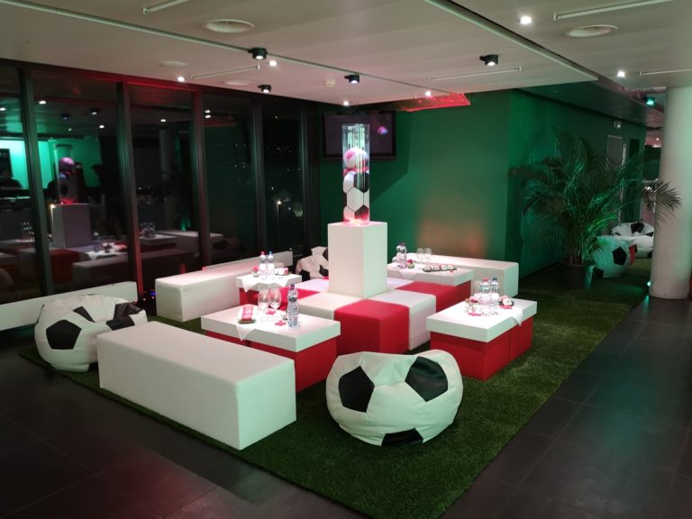 fussball pillow mieten rent-a-lounge 6
