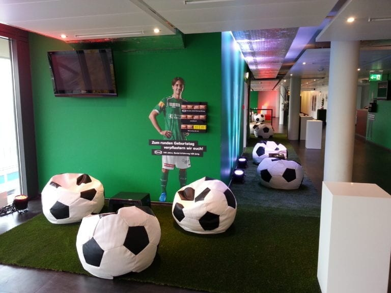 fussball pillow mieten rent-a-lounge