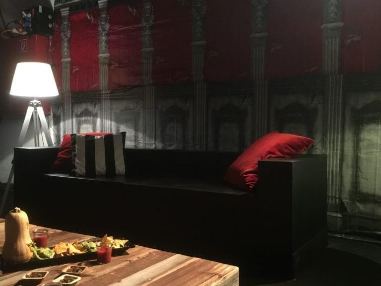 lounge-tisch altholz mieten rent-a-lounge 1