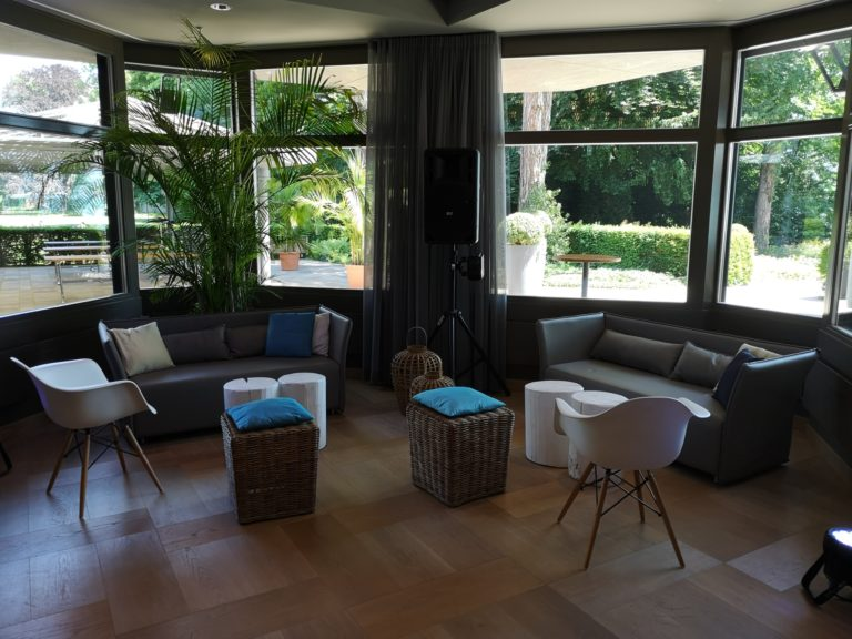 valencia sofa mieten rent-a-lounge 10