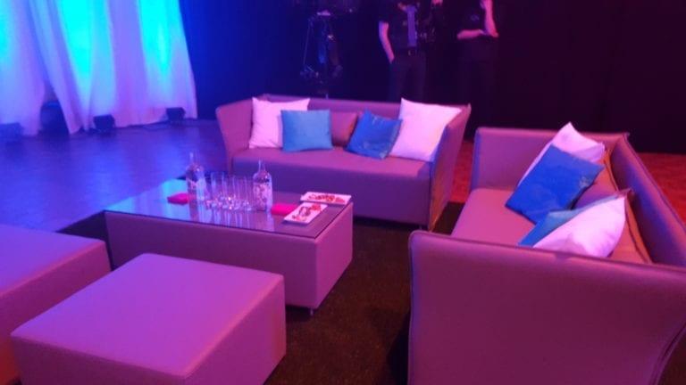 valencia sofa mieten rent-a-lounge 1