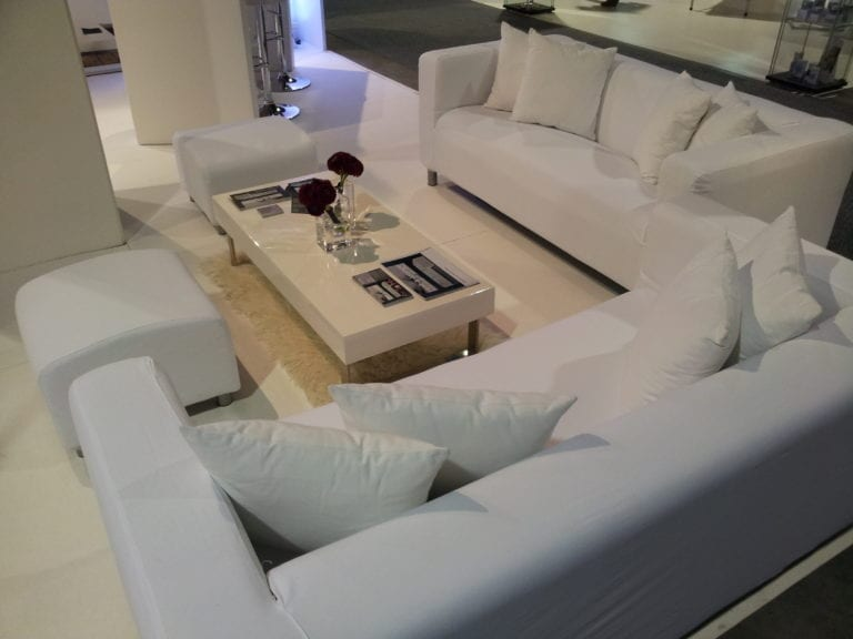 white lounge-tisch mieten rent-a-lounge 4
