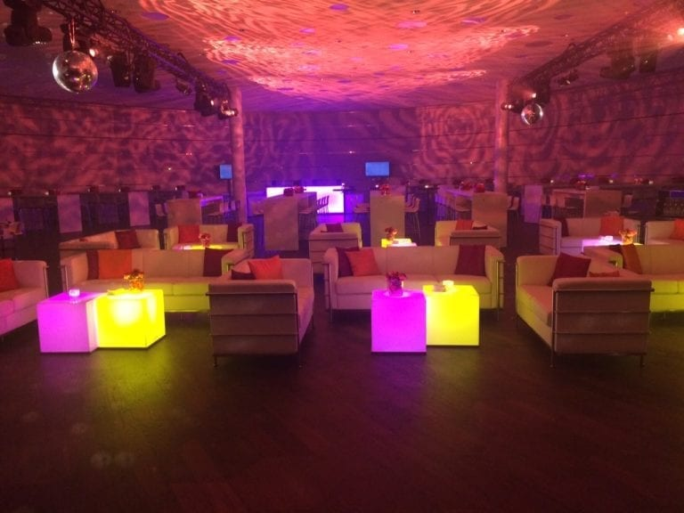 beistell-tisch LED mieten rent-a-lounge 11