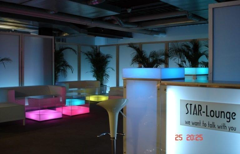 beistell-tisch visual cube mieten rent-a-lounge 6