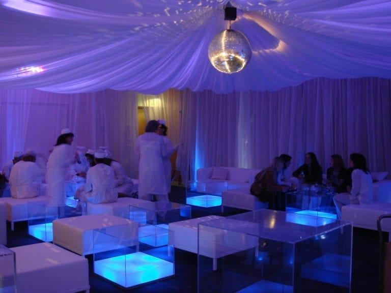 beistell-tisch visual cube mieten rent-a-lounge 7