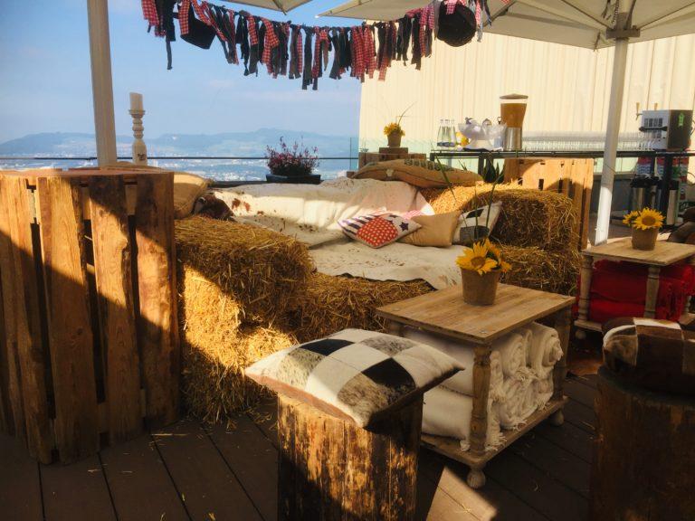 beistell-tisch woody mieten rent-a-lounge 11