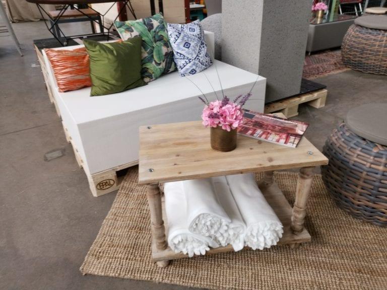beistell-tisch woody mieten rent-a-lounge 6
