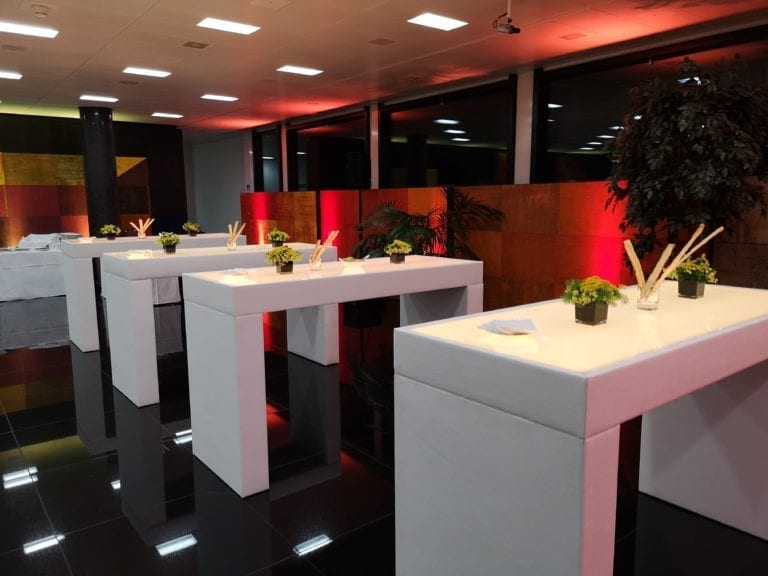 hochtisch cool mieten rent-a-lounge 2