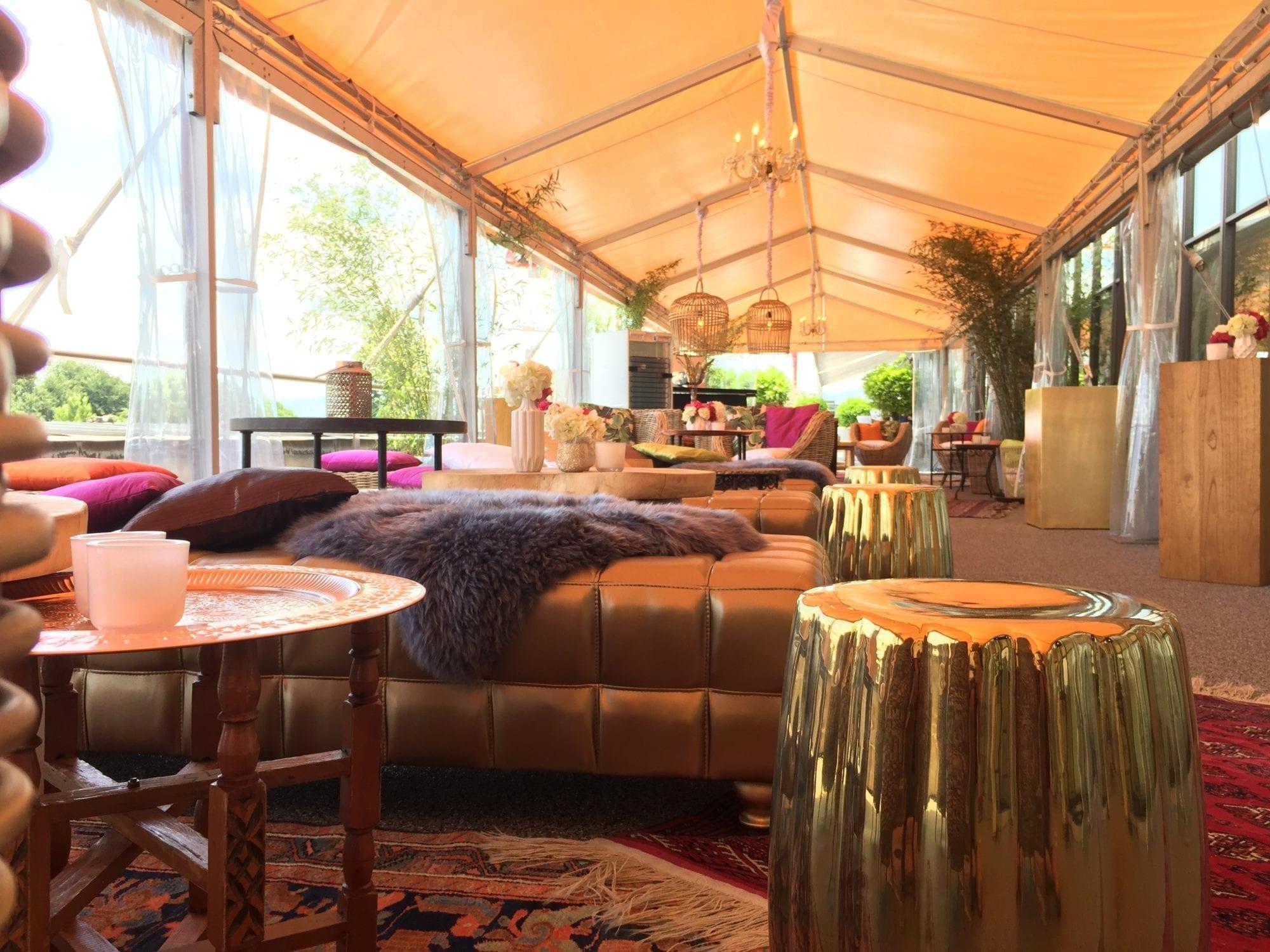 hocker gold mieten rent-a-lounge 4