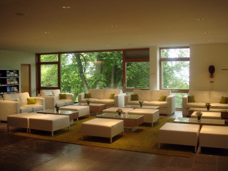 lounge-tisch zebrano mieten rent-a-lounge 3