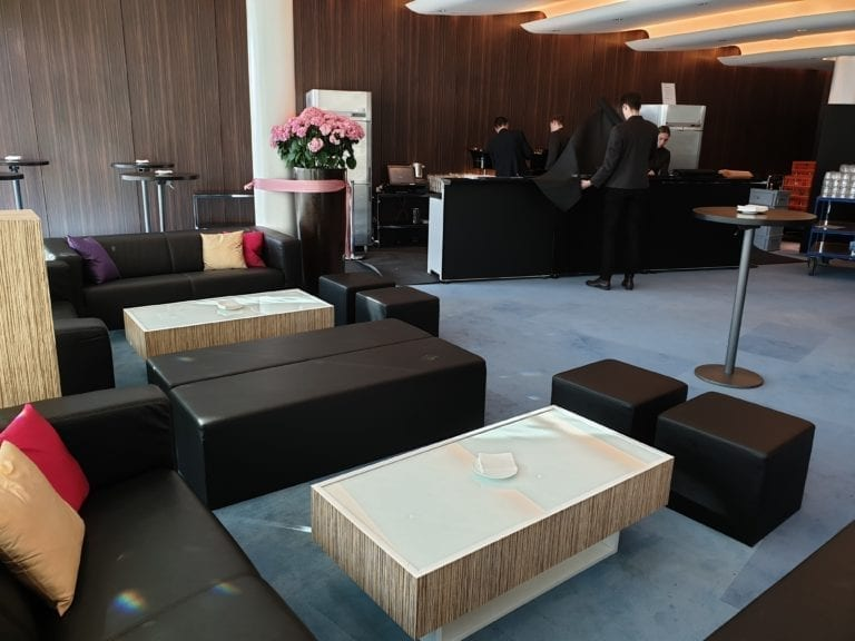 lounge-tisch zebrano mieten rent-a-lounge 7