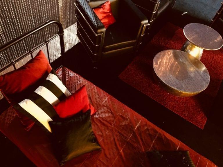 metallbett schwarz mieten rent-a-lounge 3