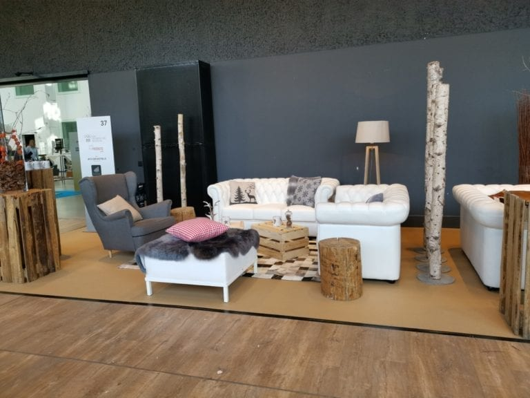 stehkube holzplanken natur mieten rent-a-lounge 3