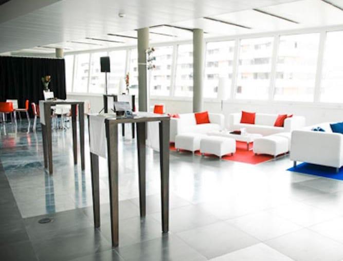 stehtisch élégance mieten rent-a-lounge 1