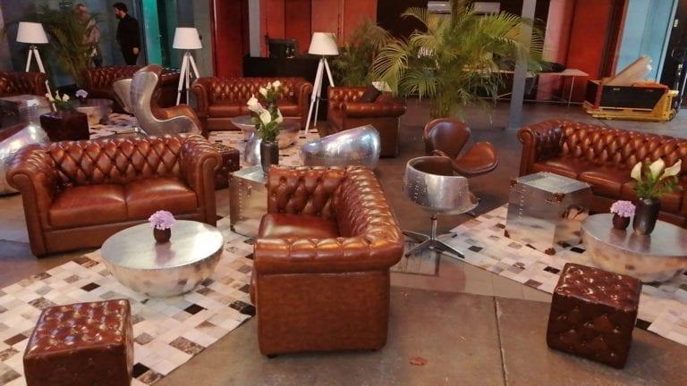 chesterfield english hocker mieten rent-a-lounge 3
