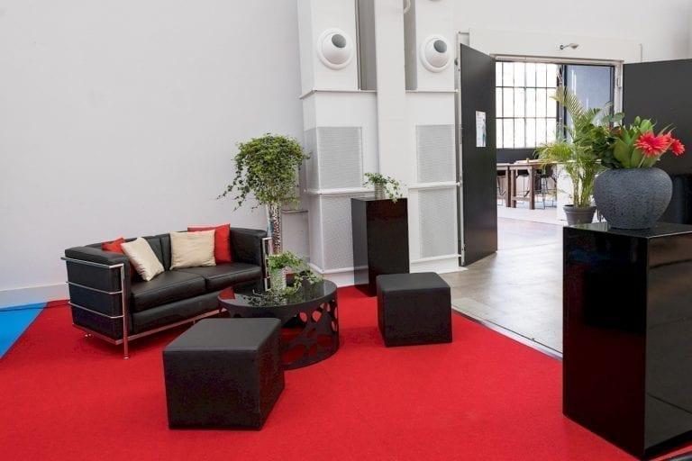 lounge-tisch design mieten rent-a-lounge 1