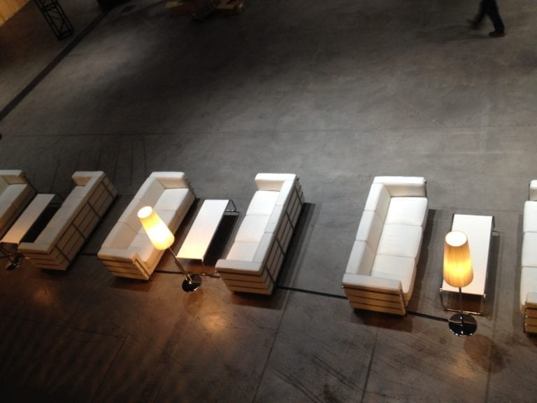 stehlampe dimmbar mieten rent-a-lounge 2