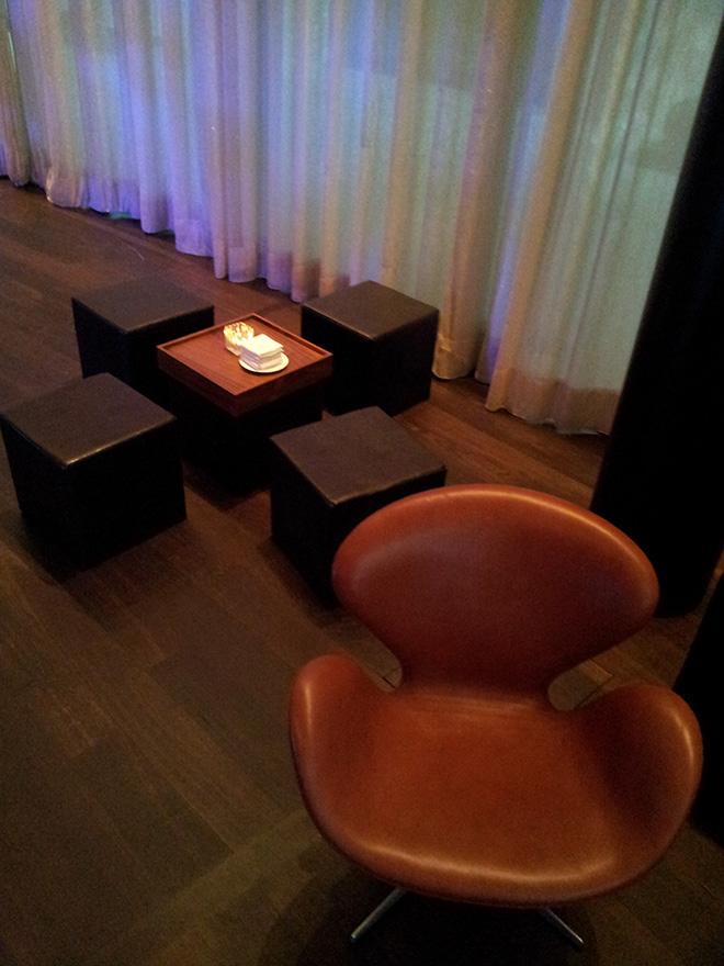 hocker q+ mieten rent-a-lounge 1
